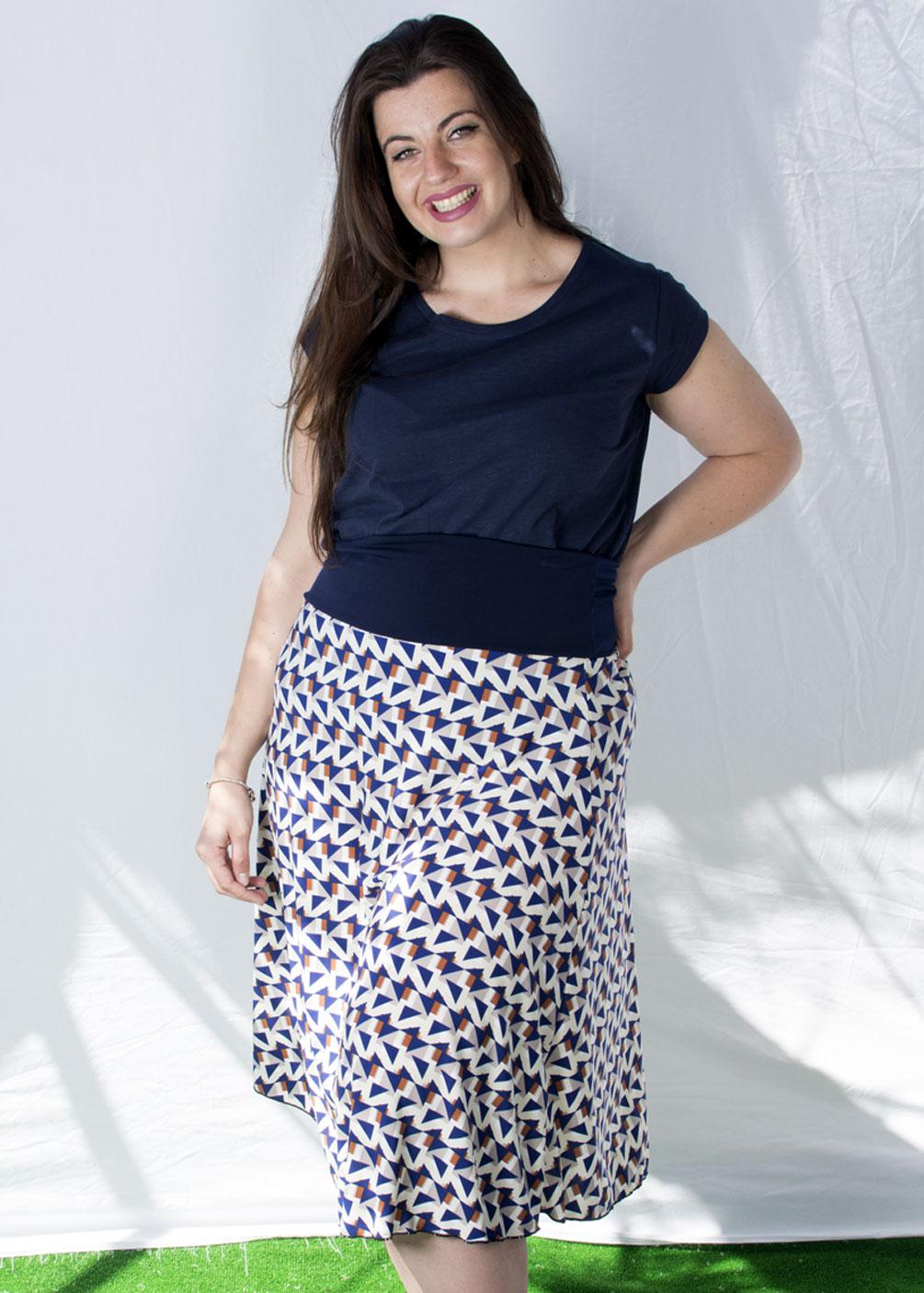 Falda Midi estampado geomtrico elastica adaptable tallas grandes curvy casual outfit